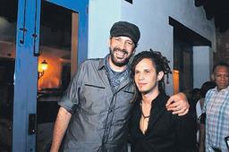 Vicente García y Juan Luis graban merengue juntos