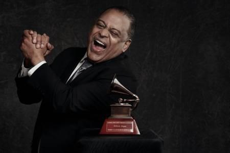 Wilfrido Vargas recibe Premio a la Excelencia Musical