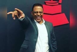 Wilfrido Vargas es  el sexto dominicano que recibe una Excelencia Musical