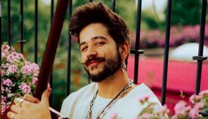 Camilo estrena la temporada de conciertos acústicos previos a Latin Grammy